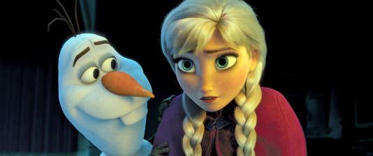 Elsa, l'héroïne de Disney, et son comparse bonhomme de neige.