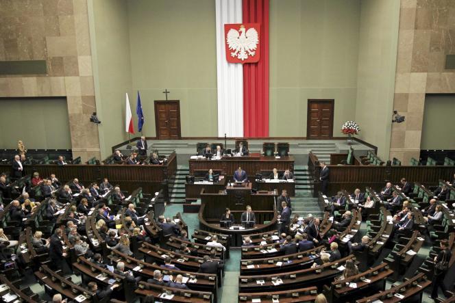 Le Parlement polonais, à Varsovie, le 22décembre.