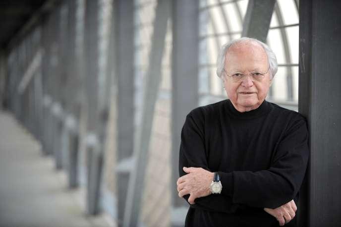 L'ancien résistant et maire d'Orly, Gaston Viens, est mort lundi 21 décembre. Ce clicé a été pris le 21 janvier 2008.