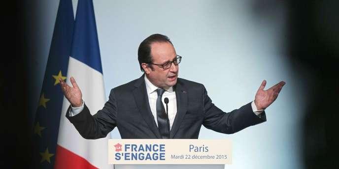François Hollande, lors d'un discours vantant le programme« La France s'engage», en décembre 2015, à l'Elysée.