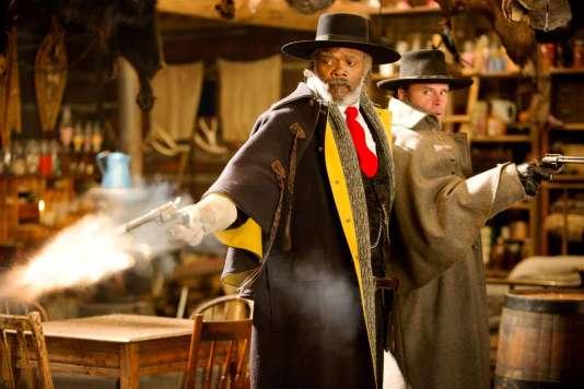 """Samuel L. Jackson et Walton Goggins dans le film américain de Quentin Tarantino, """"Les 8 Salopards"""" ("""" The Hateful Eight"""")."""