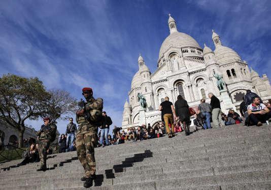 Devant le Sacré Coeur, à Paris, le 23 décembre.
