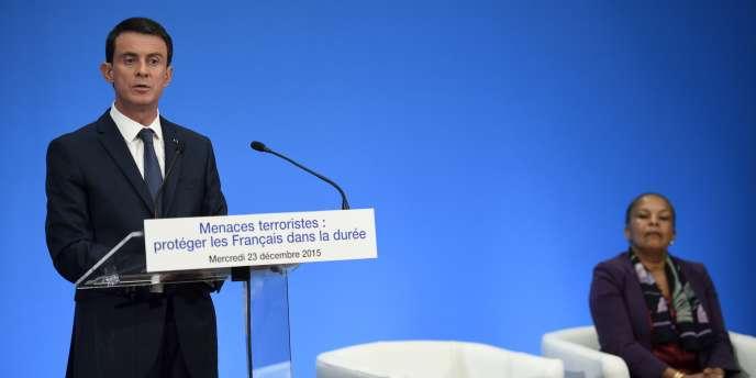Manuel Valls et  Christiane Taubira, le 23 décembre 2015.