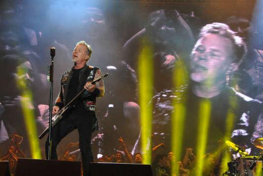 Le chanteur de Metallica, James Hetfield, lors d'un concert du groupe à Rio de Janeiro, le 19 septembre.