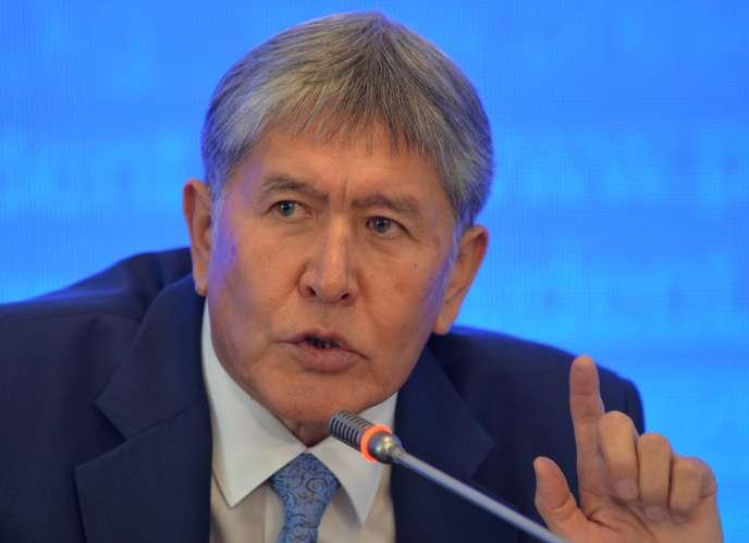 Le président kirghize Almazbek Atambaïev, à Bichkek, le 24 décembre 2015.