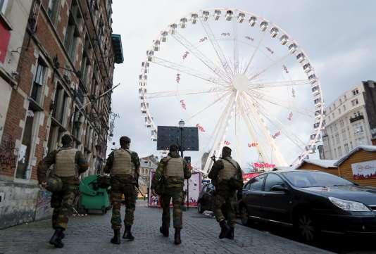 Deux suspects, interpellés le 28 décembre, envisageaient, selon le parquet, « de provoquer des attentats à l'explosif » avant la fin de l'année 2015.