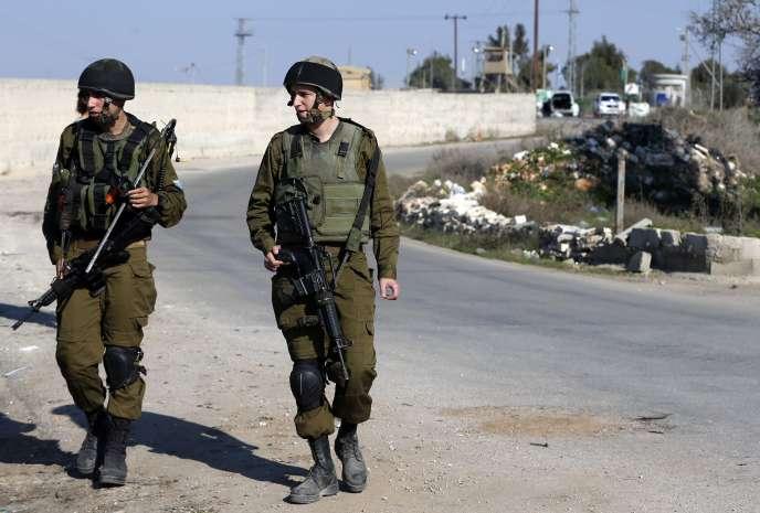 Des soldats israéliens patrouillent en Cisjordanie, le 24 décembre.