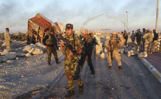 Les troupes irakiennes déployées à Ramadi, le 25 décembre.