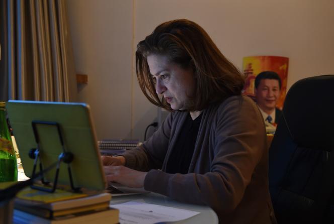 Ursula Gauthier, correspondante de
