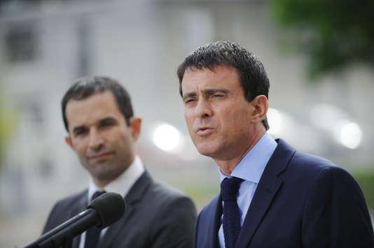 Le premier ministre Manuel Valls a justifié la décision de maintenir la déchéance de nationalité dans le projet de loi constitutionnelle.