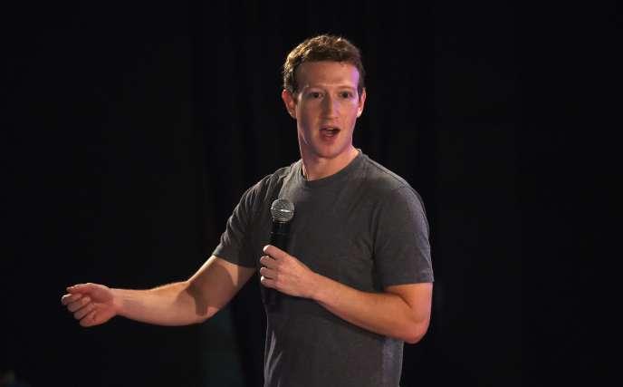 Le patron de Facebook, Mark Zuckerberg, s'en est pris, dans un message publié sur sa plate-forme, à la politique d'immigration de Donald Trump.