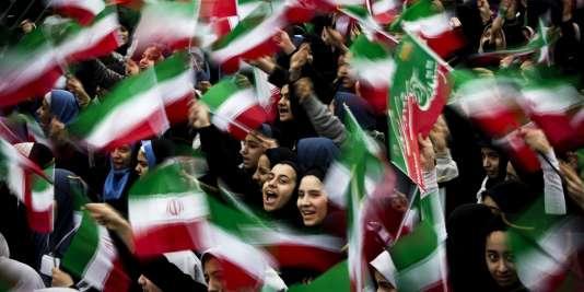 Scènes de liesse à Téhéran.