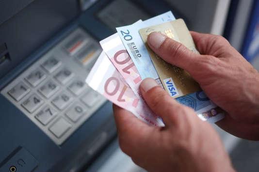 Au 1er janvier, plus de 80 % des banques factureront la tenue de compte, en moyenne 16,50 euros l'année