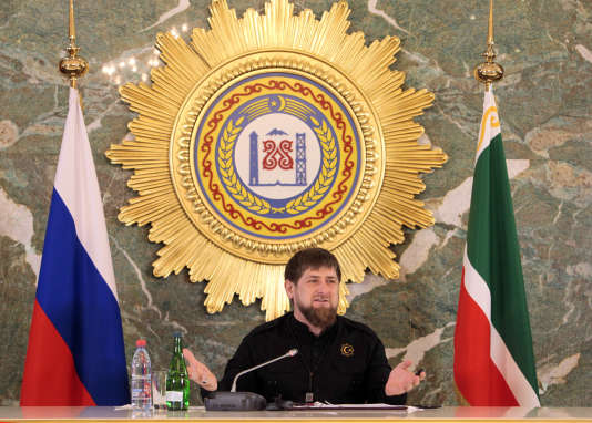 Ramzan Kadyrov, le président de la Tchétchénie,  s'adresse aux journalistes, lundi 28 décembre, à Grozny.