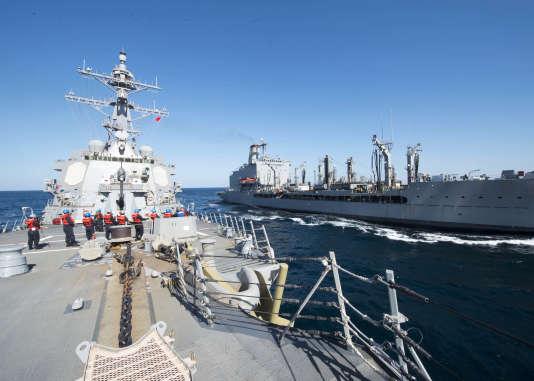 Le destroyer USS «Bulkeley», l'un des navires américains impliqués dans l'incident dans le détroit d'Ormuz.