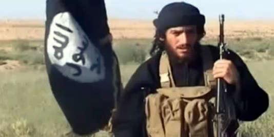 Abou Mohammed Al-Adnani dans une vidéo postée sur YouTube, en juillet 2012.