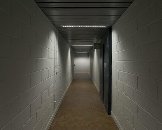 Couloir menant à l'ancienne entrée des locaux de