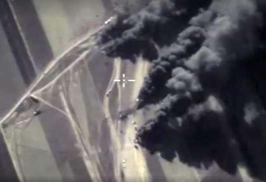 Une cible visée par un raid russe en Syrie, le 25 décembre 2015.