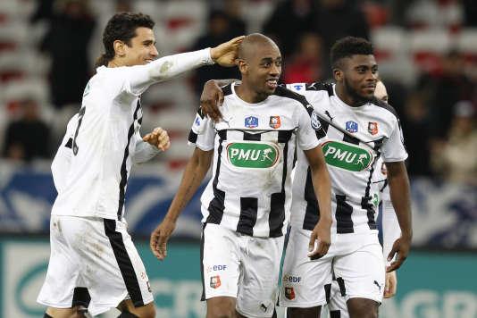 Rennes a arraché sa qualification en 16e de finale face à Nice après un match plein de rebondissements.