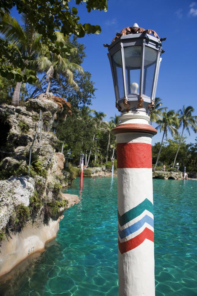 La Venetian Pool, piscine publique datant de 1924 et taillée dans un roc de corail, dans le quartier Coral Gables.