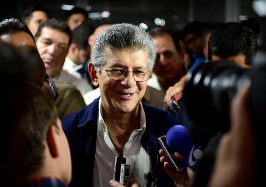 Le nouveau président de l'Assemblée unicamérale, le social-démocrate Henry Ramos Allup, à Caracas, dimanche 3 janvier 2016.