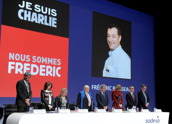 Les dirigeants de Sodexo rendent hommage à Frédéric Boisseau le 19 janvier 2015 au siège de l'entreprise à Issy-les-Moulineaux.