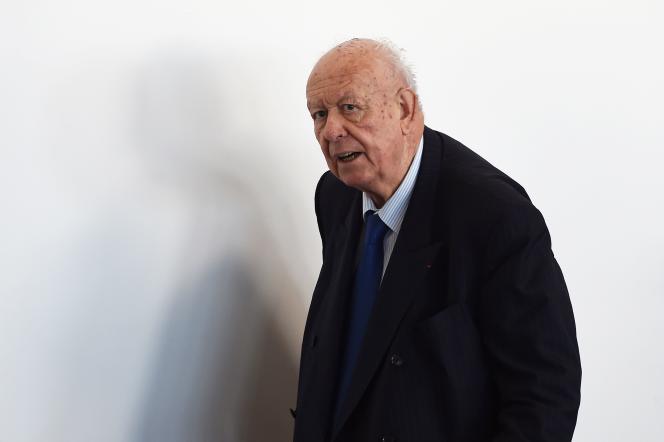 Le sénateur et maire Jean-Claude Gaudin, à Marseille le 9 novembre, après son élection à la tête de la très contestée métropole Aix-Marseille-Provence.
