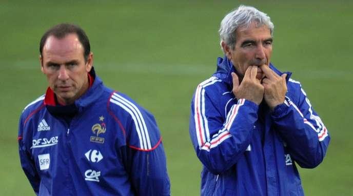 Alain Boghossian et Raymond Domenech, ici en 2010, deux ans après le fiasco fondateur de l'Euro en Autriche et Suisse.