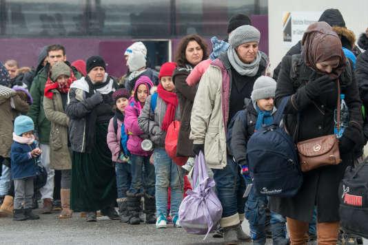 Des réfugiés arrivant en Allemagne, en janvier 2016.
