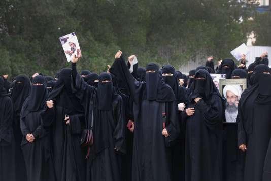 Manifestation de femmes chiites à Qatif, dans l'est de l'Arabie saoudite, le 2 janvier.