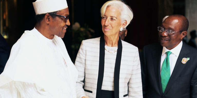 le président nigérian, Muhammadu Buhari, et la directrice générale du FMI, Christine Lagarde, à Abuja le 5 janvier.
