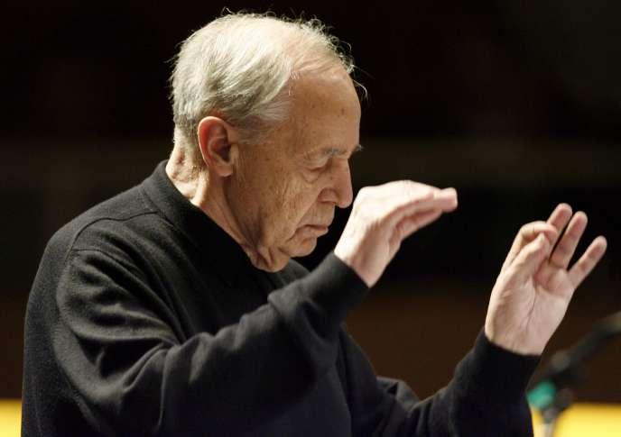 Le compositeur et chef d'orchestre, mort mardi, a souvent choisi « Le Monde » pour répondre à des polémiques qui le mettaient en cause.