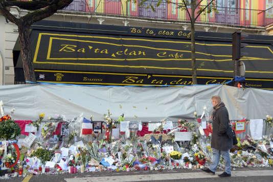 Le Bataclan, quelques jours après les attentats du 13 novembre.