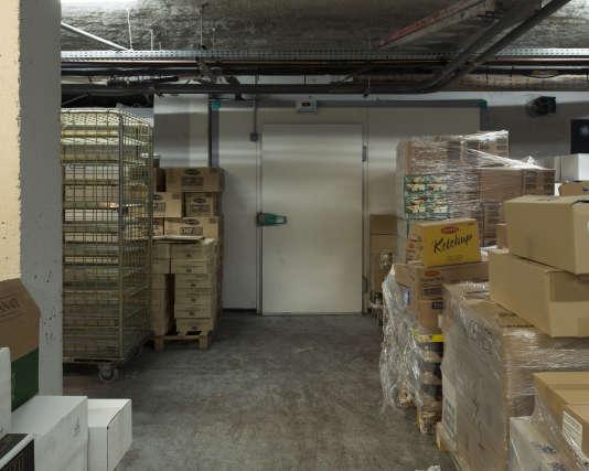 La porte de la chambre froide dans laquelle se sont réfugiés une partie des otages de l'Hypercacher.