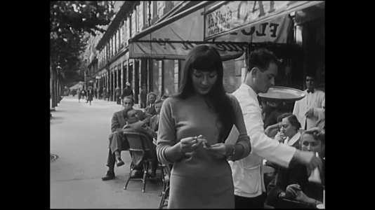 Juliette Gréco à Saint-Germain-des-Prés dans les années 1950.