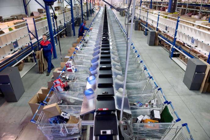 L'entrepôt de stockage de Pixmania à Brétigny-sur-Orge (Essonne), en 2010, lorsque l'activité battait son plein.