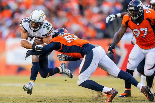 San Diego Chargerscontre Denver Broncos le 3 janvier à Denver.