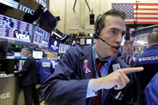 Un trader de la Bourse de New York, en 2016.