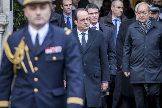 Le Président de la République François Hollande à la Cérémonie des vœux aux forces de sécurité intérieure à la Préfecture de Police à Paris, le 7 janvier 2016