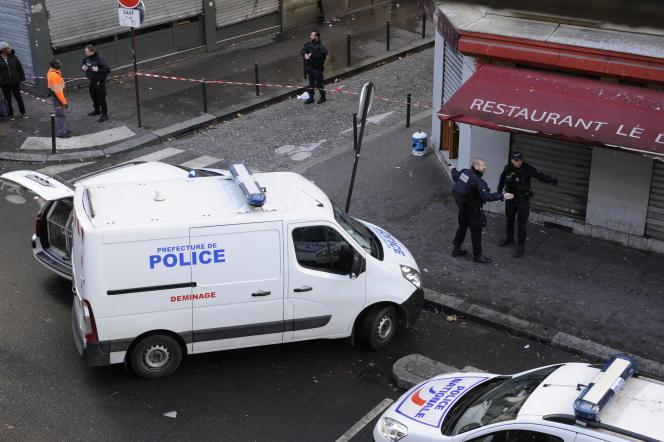 Sécurisation du quartier de la Goutte-d'Or par les forces de police, jeudi 7 janvier.