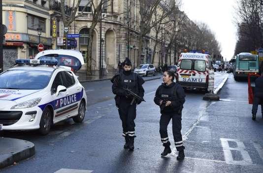 Le jeudi 7 janvier, boulevard Barbès, dans le 18e arrondissement à Paris.