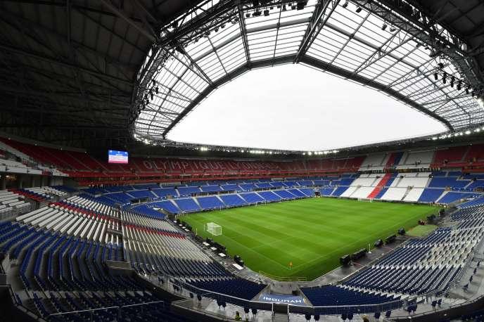 « Ce qui se joue dépasse l'habituel clivage politique partisan » (Photo: stade du club de football de Lyon, janvier 21016).
