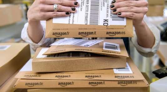 Selon l'enquête CSA-Fevad, 73% des internautes ont déclaré avoir acheté des cadeaux de fin d'année sur le Web.