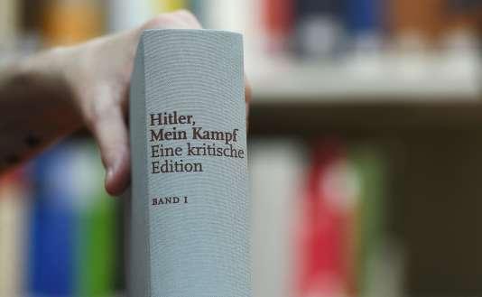 Une version annotée de« Mein Kampf».