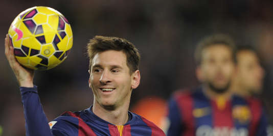L'Argentin Lionel Messi est le grand favori du Ballon d'or 2015.