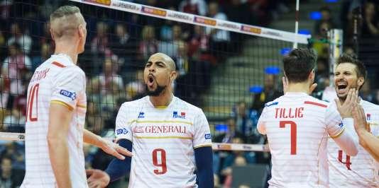 L'équipe de France de volley face à la Pologne, à Berlin, le 9 janvier.