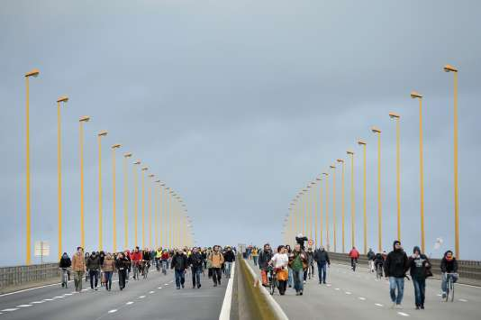Des opposants au projet d'aéroport à Notre-Dame-des-Landes manifestaient à Nantes, le 9 janvier 2015.