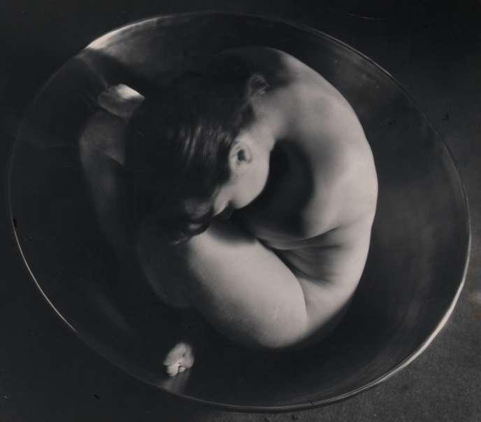 Ruth Bernhard (1905-2006),