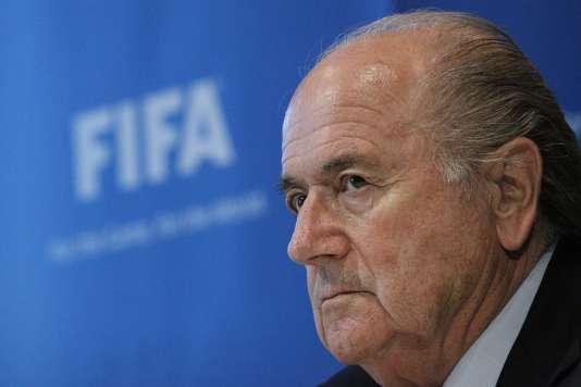 Le président démissionnaire de la FIFA Joseph Blatter va faire appel de sa suspension de huit ans de toute activité dans le football, a indiqué à l'AFP son avocat dimanche 10 janvier.