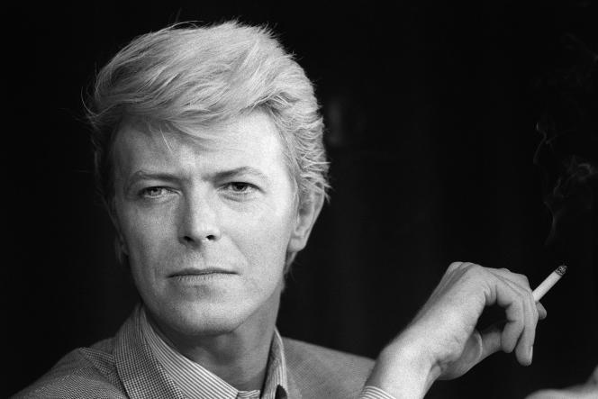David Bowie lors de la conférence de presse à Cannes du film